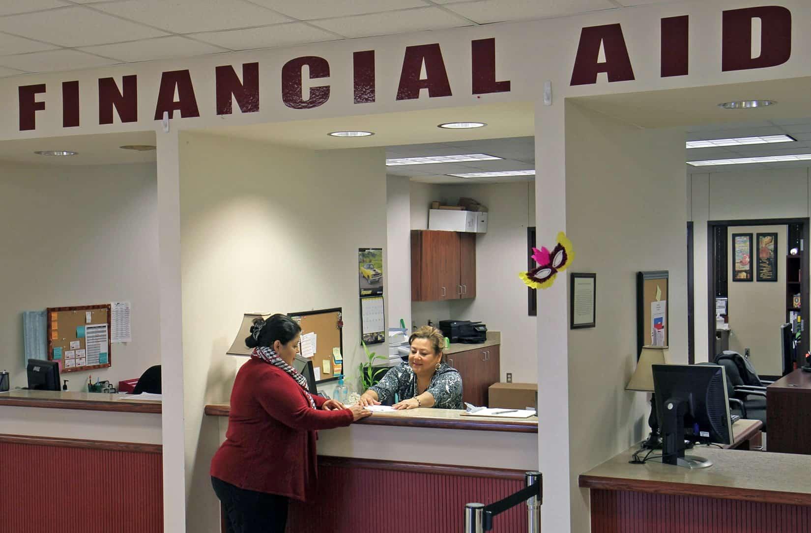 financial_aid_window_wide