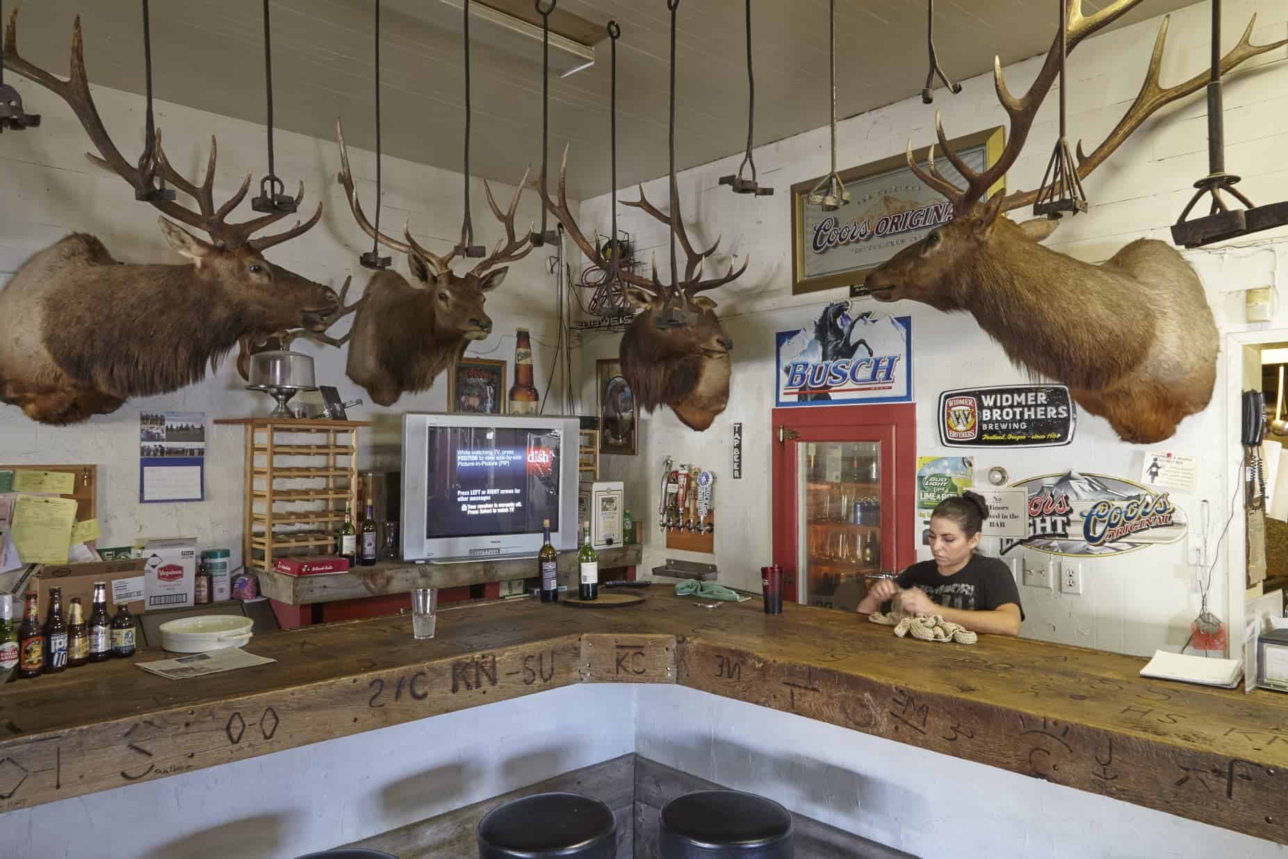 ountry Store and Tavern.  Adel, Oregon.  2015