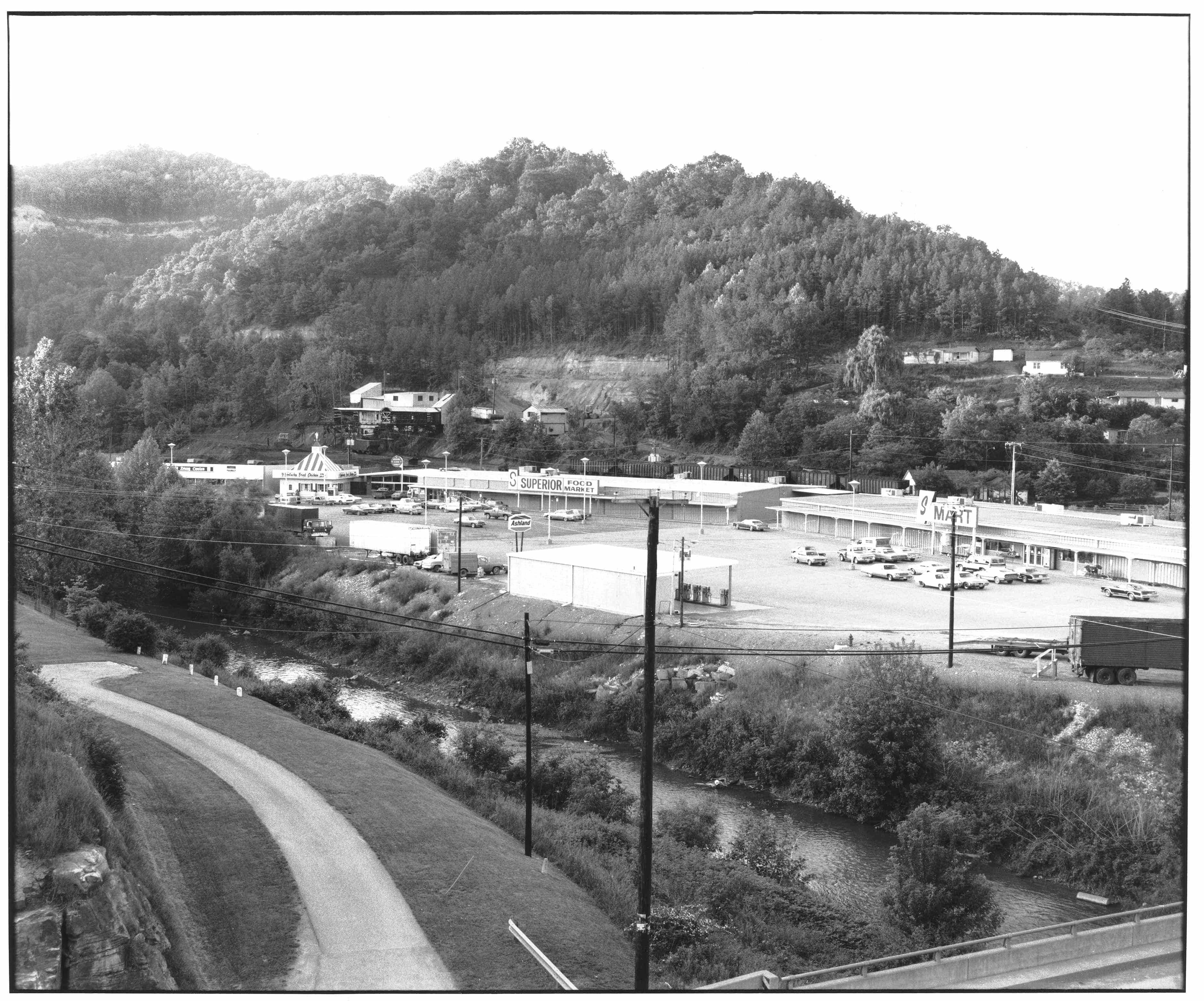 Whitesburg Shopping Center C-126-11