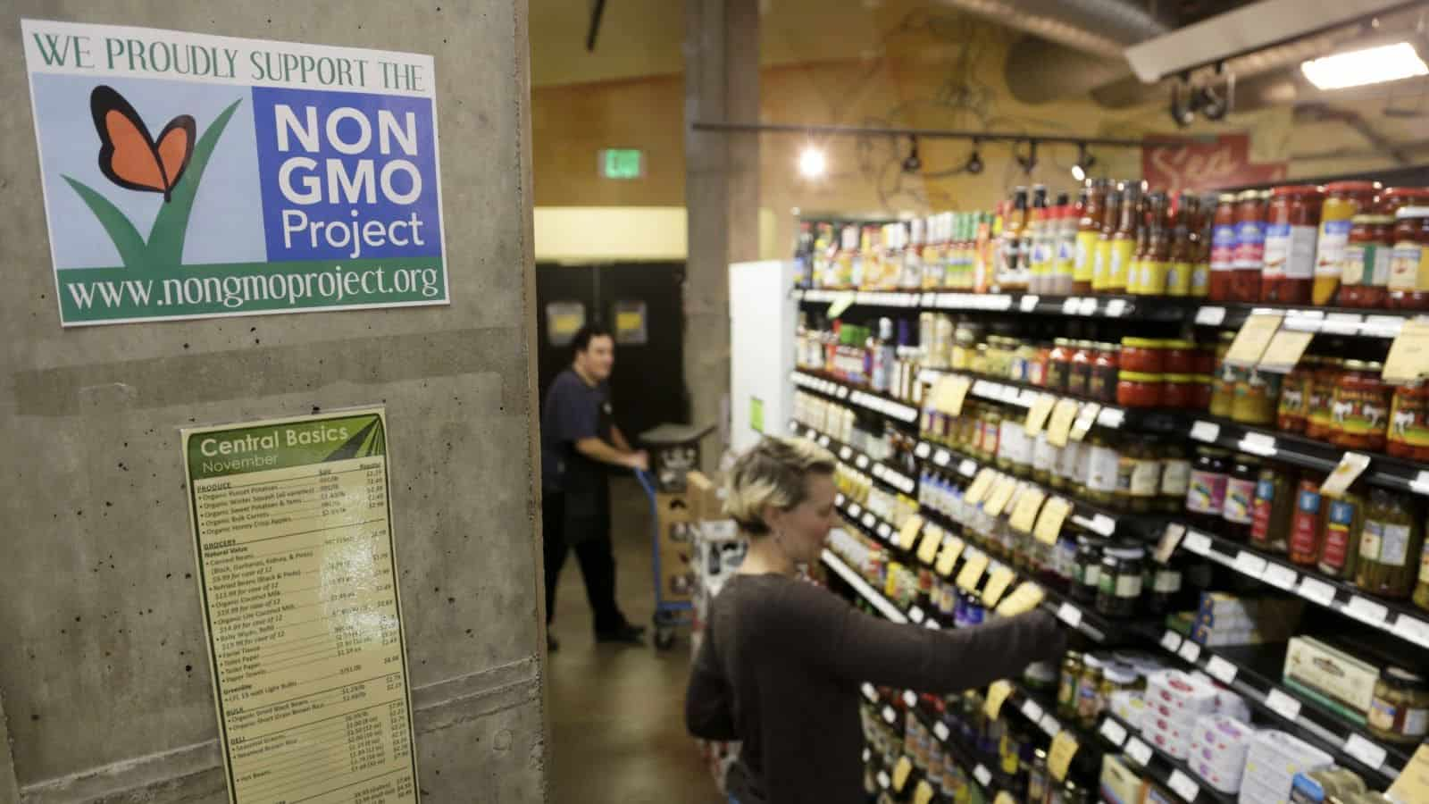 GMO labeling comes to a head. Photo by Jason Redmond/Reuters