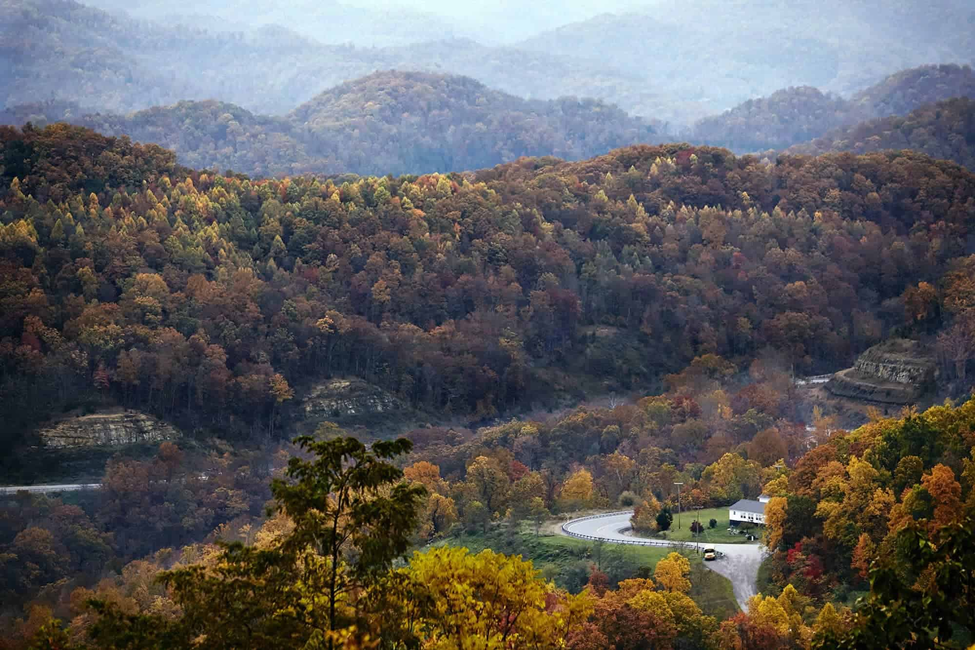 A view from the Appalachian Pine Mountain, between Cumberland and Whitesburg, Kentucky. Photo by Shawn Poynter