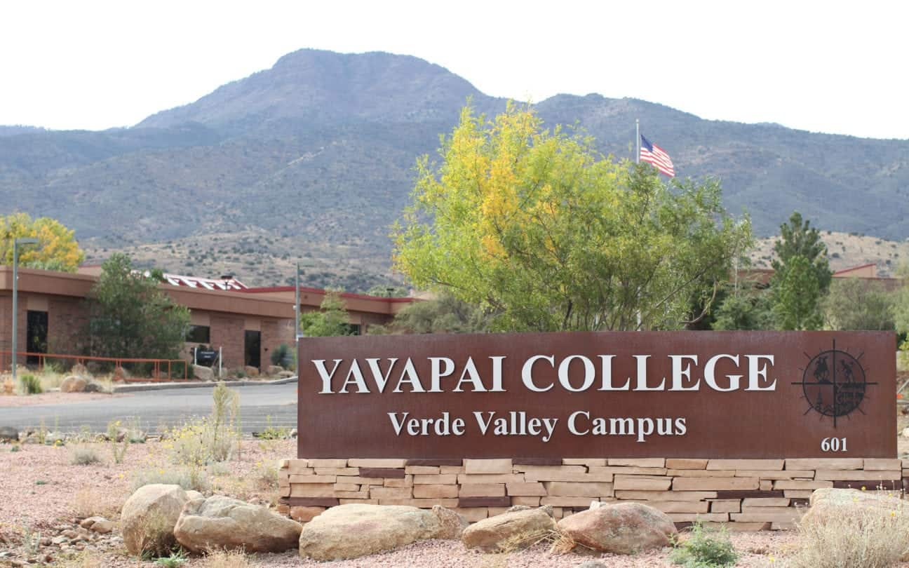 Yavapai College - Verde Valley Campus offers free GED prep courses in Spanish for U.S. citizens and legal residents. (Photo by Cassie Ronda/PIN Bureau)
