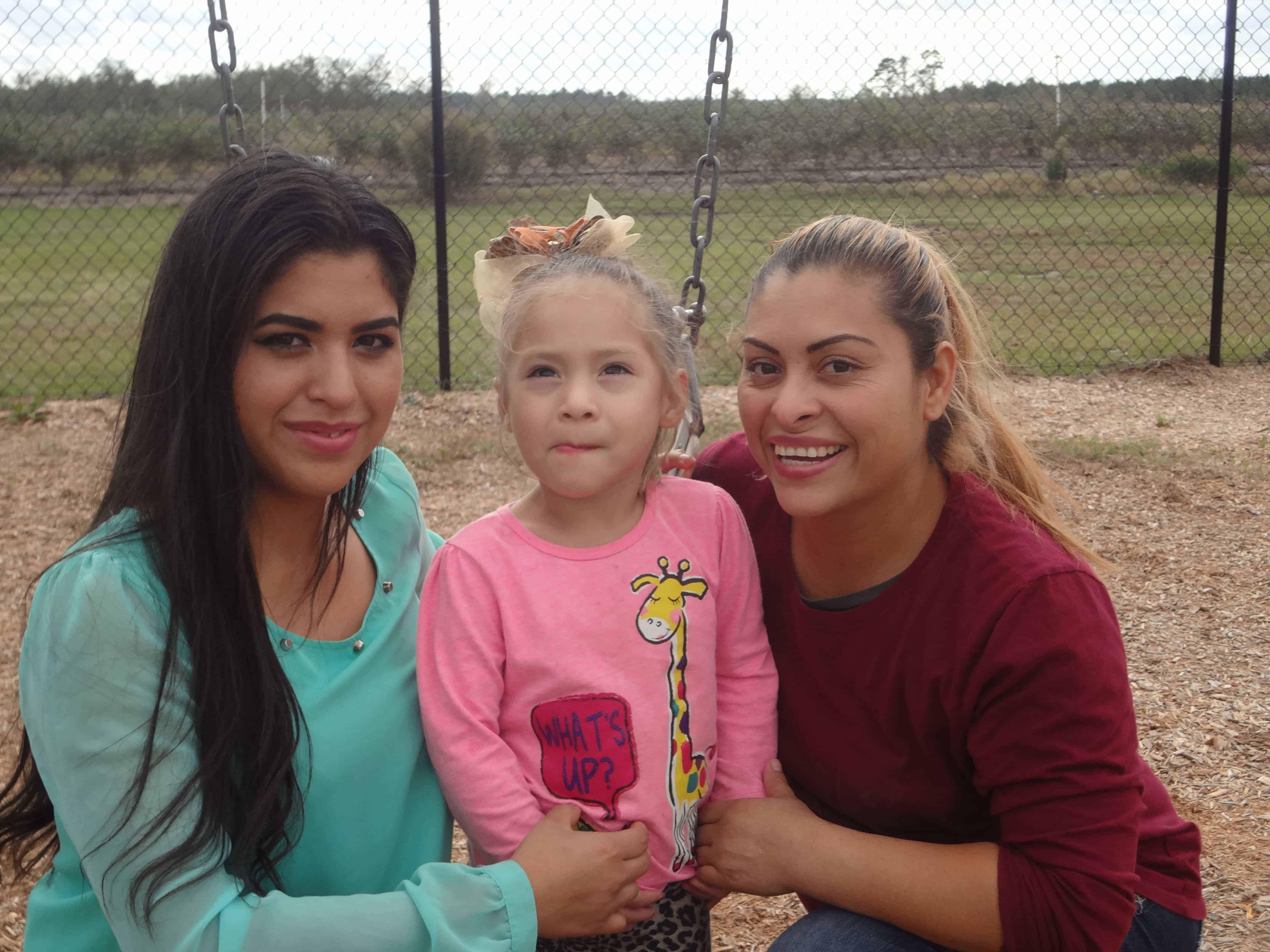 Alondra, Eva & Nelly Gonzalez2