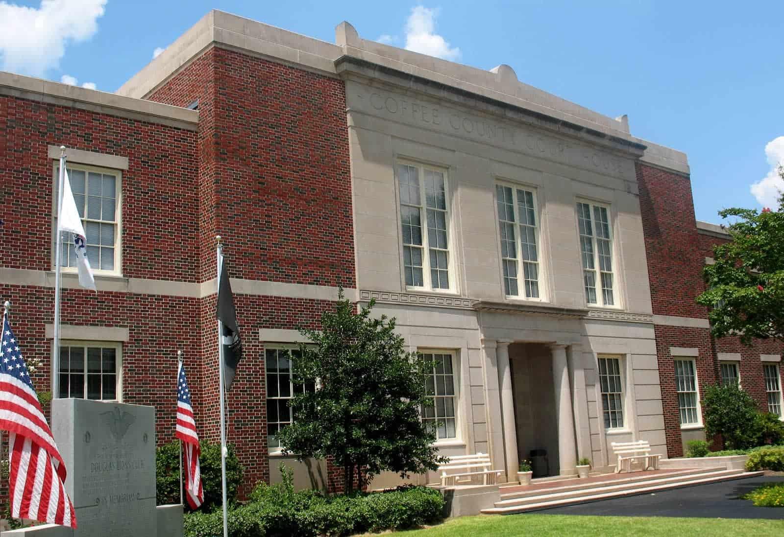 Coffee County courthouse Douglas, GA