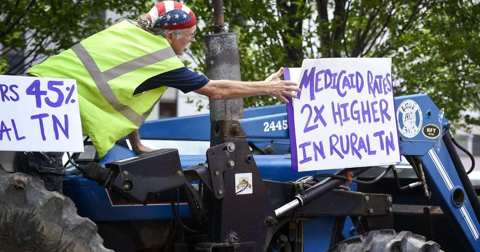 636349535520049866-nas-tractor-rural-healthcare-0082