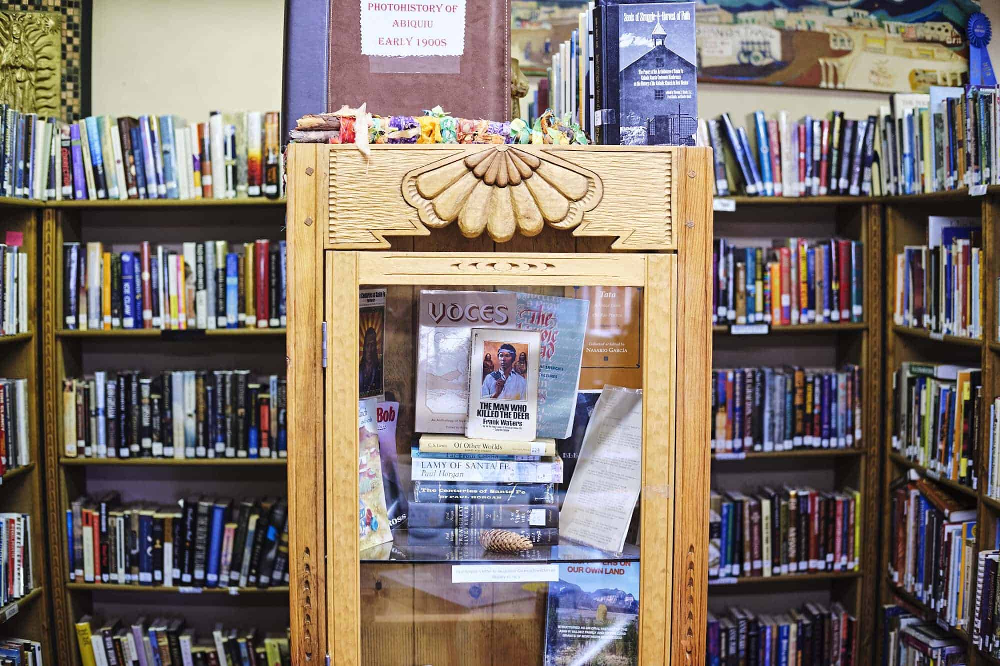 The Pueblo de Abiquiu Library & Cultural Center. (Photo by Shawn Poynter)