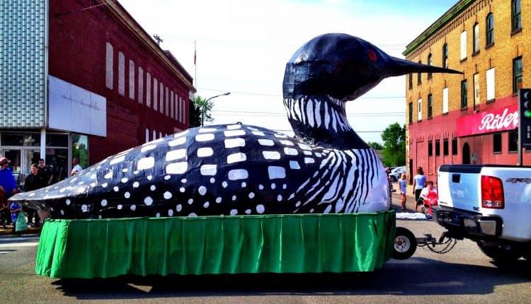 loon-parade