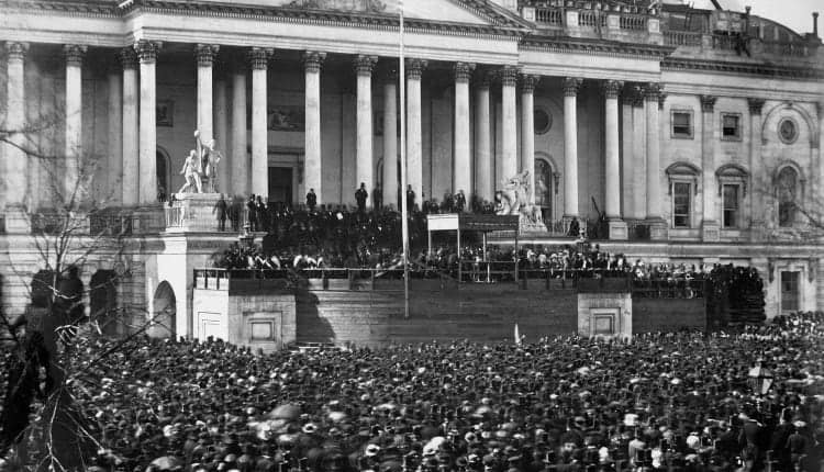2560px-Abraham_Lincoln_inauguration_1861