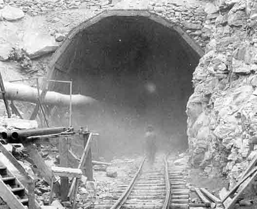 Hawktunnel.jpg