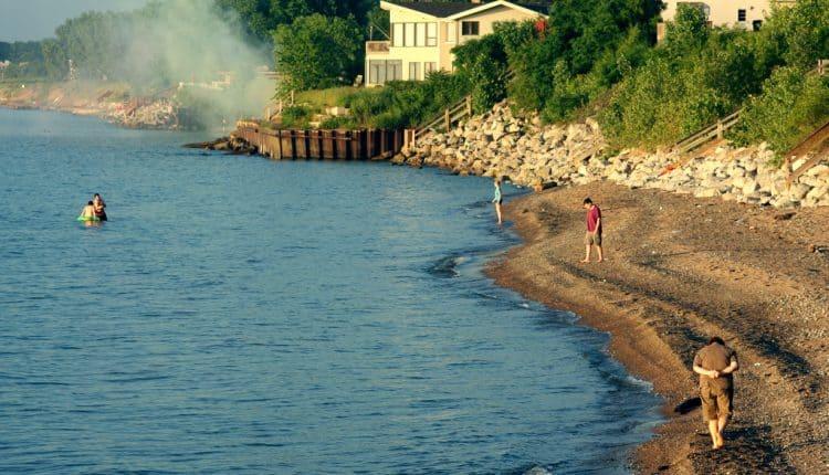 beach_lonely.jpg