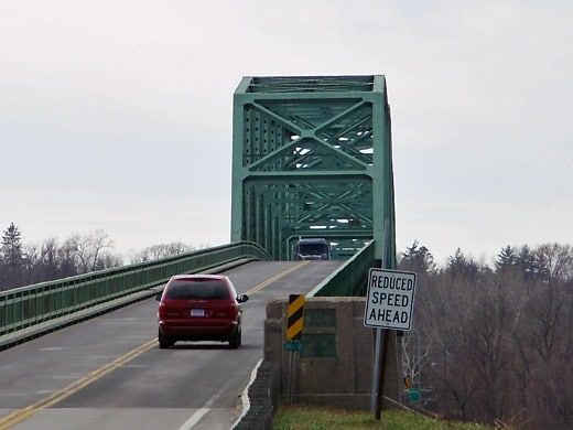 brownsville-bridge520.jpg