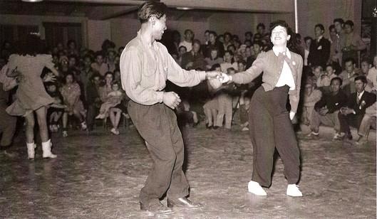 dancers529.jpg