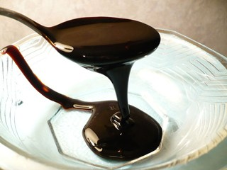 molasses320.jpg