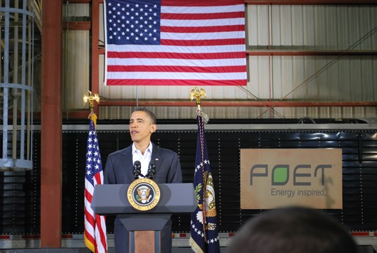 obama-in-tin-shed530.jpg