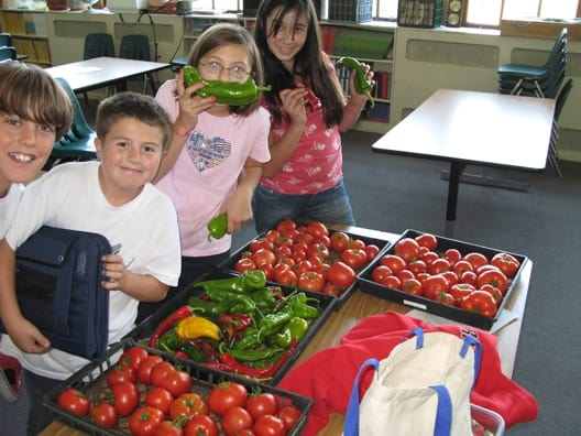 oregon-kids-and-veggies528.jpg