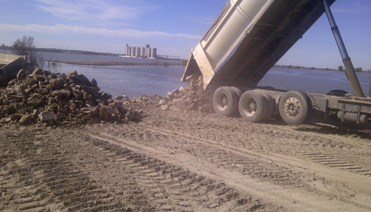 filling a highway hold with limestone in 2011 (1)