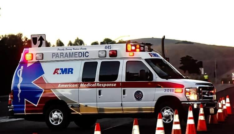 ambulance-cones-emergency-911-medical-lights