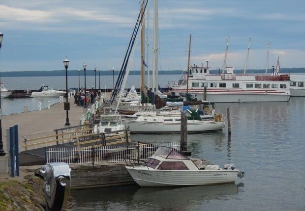 bayfield_boats